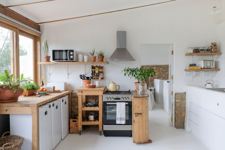 Stables-kitchen-1